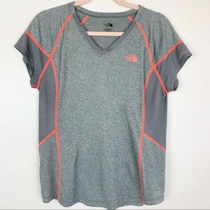 The North Face | Flash Dry Gray Short Sleeve Top